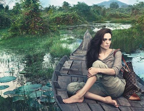 Inocente o culpable - Página 13 Angelina-Jolie-Louis-Vuitton